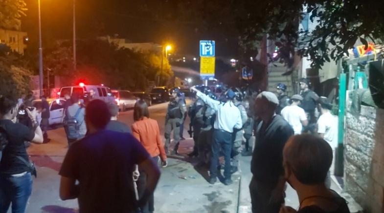 اعتقالات - الاحتلال يهاجم المعتصمين في حي الشيخ جراح